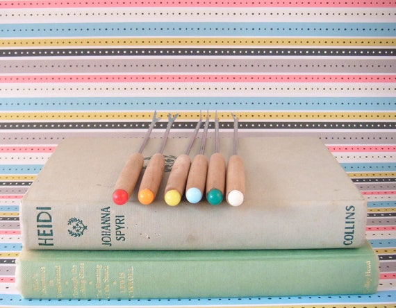 BOXING DAY SALE Vintage - Rainbow Fondue Forks