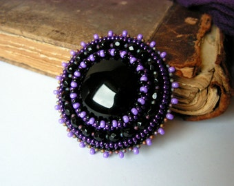 Black Purple Beadwork brooch Bead embroidery brooch Purple Black brooch Black onyx cabochon MADE TO ORDER