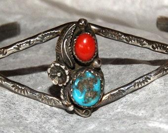 VINTAGE NAVAJO BISBEE Cuff Bracelet Signed c1950