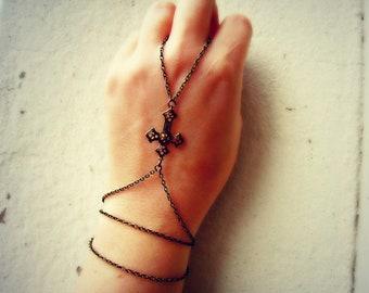 cross slave bracelet, cross hand chain, crucifix slave bracelet, bracelet ring, slave ring, gothic jewelry
