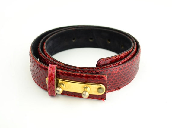 1980s Red Belt - Snake Skin - Size Small - Medium