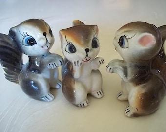 Chipmunk figurines, set of 3