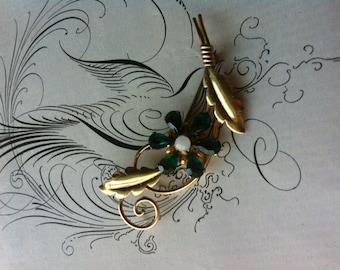 Vintage 12 kt Gold Filled Van Dell Signed Green Rhinestone Flower Pin Brooch