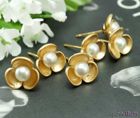Bridesmaid Gifts SET of 4 - four pairs of gold post earrings, tiny gold stud earrings, small flowers, bridal jewelry