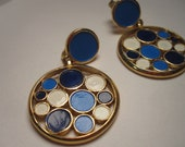 Crown Trifari Vintage Blue & White Circle Earrings