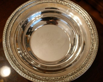 Vintage Reed and Barton Silver Plate Bowl