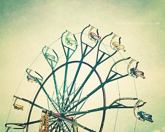 Items similar to Vintage Ferris Wheel Summer Vintage ...