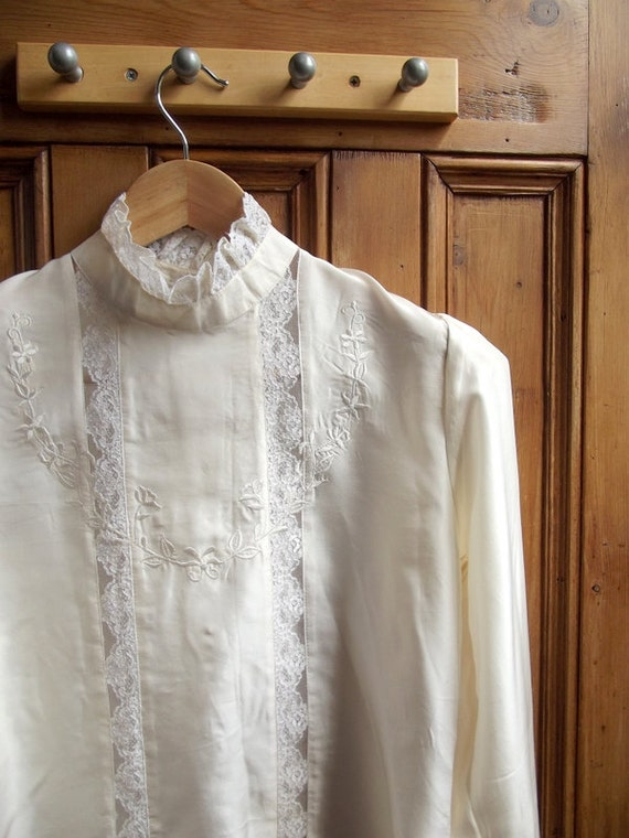 womans vintage clothing silk blouse shirt top lace Victorian Edwardian inspired  cream ruffle neck english
