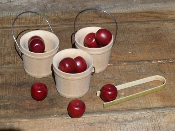 Bushel of Apples Manipulative Transfer Montessori Kindergarten Preschool Toy