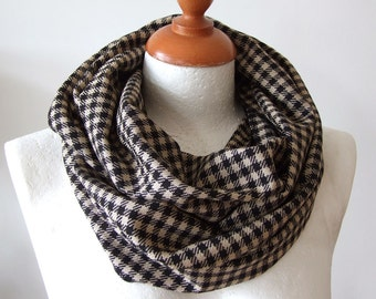 Unisex infinity scarf  black beige plaid, loop circle linen scarf  / check loop scarf / fall autumn winter fashion