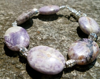 Natural Stone Purple and White Agate Bracelet with Silver Plated Findings