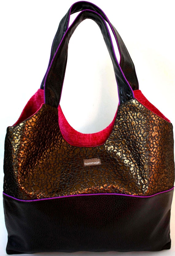 Urban tote bag with vegan leather and bronze leopard metallic jacquard, lined in bright pink.