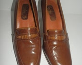 Vintage Italian Made Tan Leather Loafer Heel size 38.5