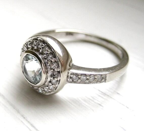 Vintage Style Diamond Aquamarine 14kt White Gold Engagement Anniversary Ring