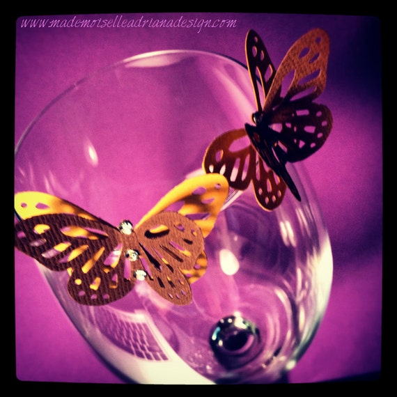 Butterfly with crystals to place on the glass's rim