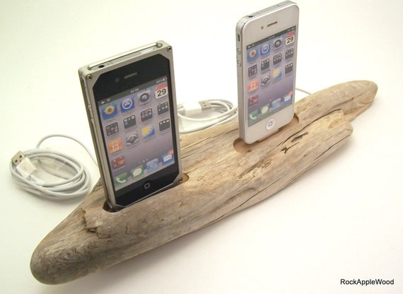 Beach Driftwood His n Hers dual iPhone 4 Dock