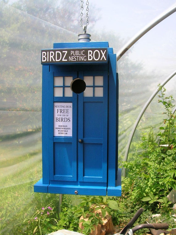 Doctor Who TARDIS style London Blue Police Box Birdhouse