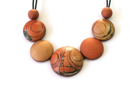 Big Chunky Statement Bubble Necklace Contemporary Elegant Designers Jewelry Fashion Adjustable Golden Orange Fall Inspired