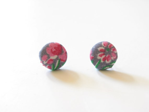Earrings / Vintage Gray and Pink Floral / Cover Buttons on surgical steel posts