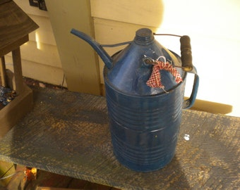 Primitive Oil Can,Primitive Decor,Country Decor,French Country Decor,Eclectic Decor