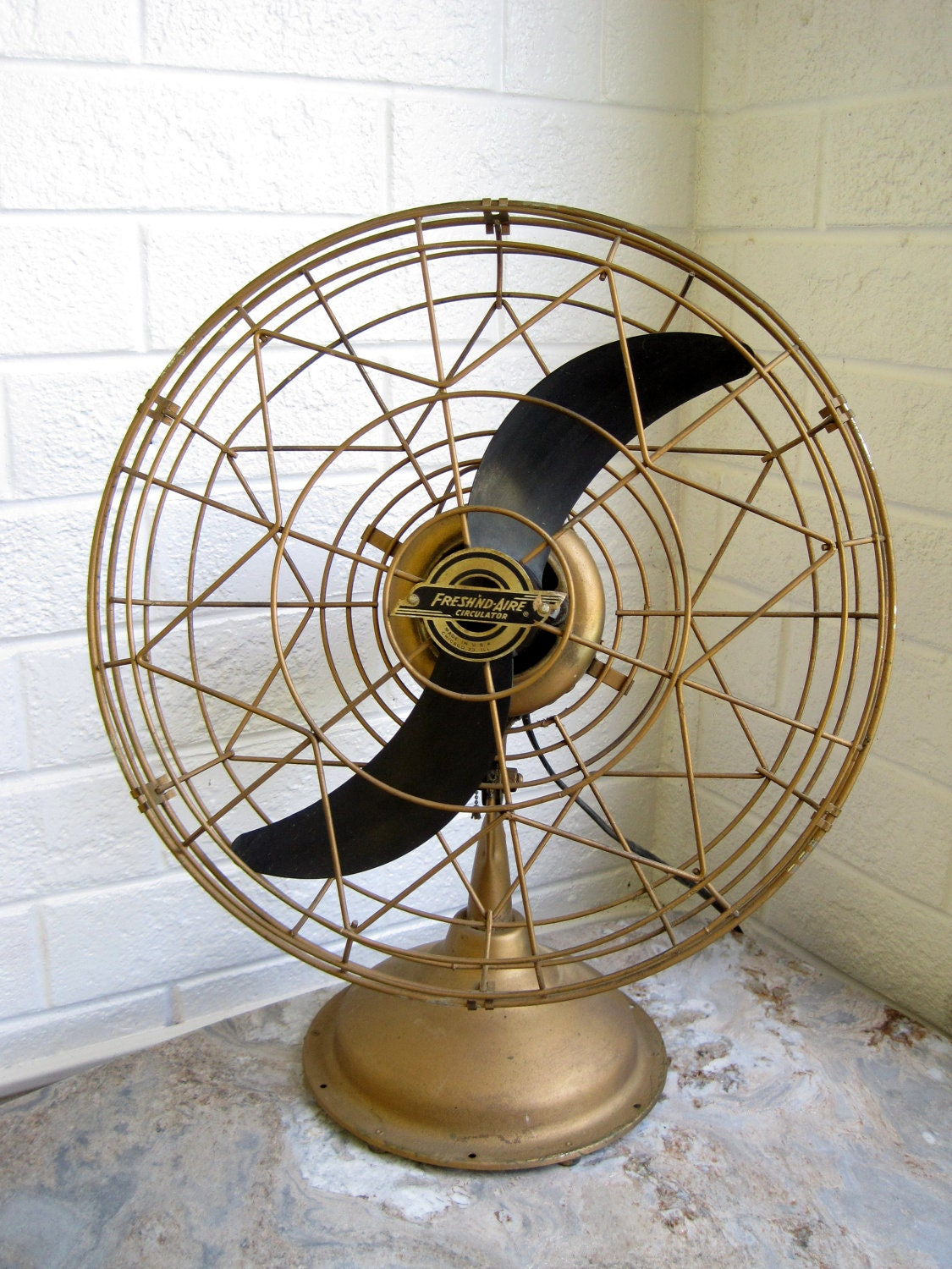 1950s Art Deco Table Fan Blows Cold