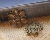 SALE--4 pcs Bronze Filigree Flower Setting Base Brooch Cab  Setting Can Hold Rhinestones Wrap Connector Pendant (BFC765)