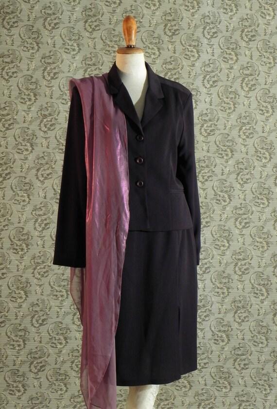 jacket and skirt set of dark brown to be simple and elegant always