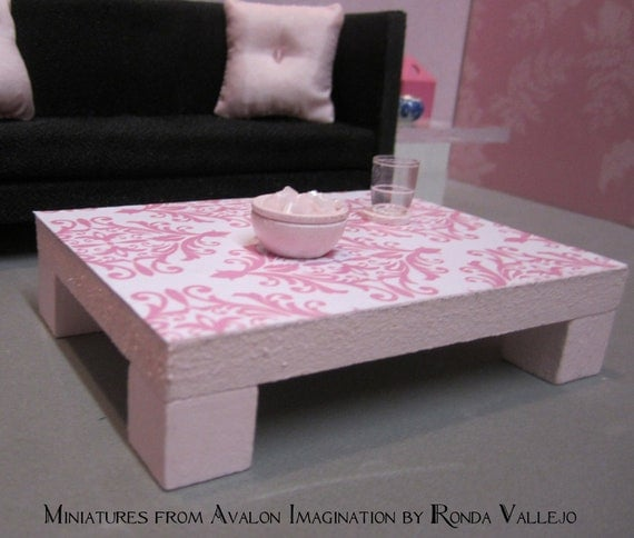 1:12 Scale Modern Dollhouse Coffee Table In Pink With Pink And