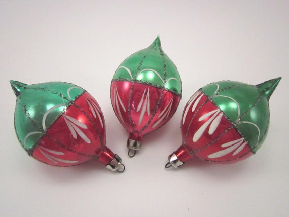 Vintage Glass Christmas Holiday Ornaments Red And Green Set Of Three