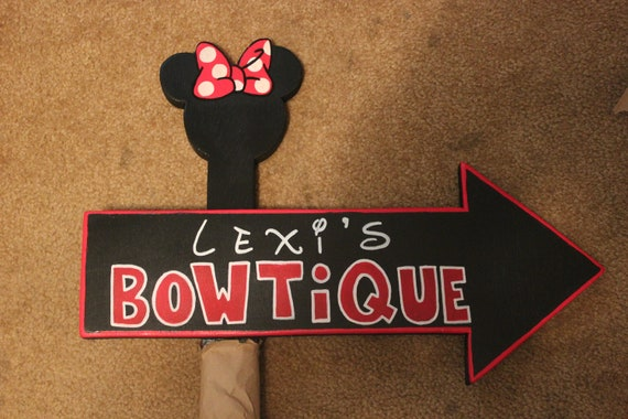 Wood Minnie Mouse Bowtique Specialty Sign By