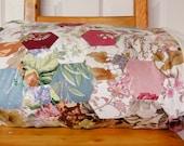 "Beautiful Patchwork Quilt - Hexagonal floral design - Bedspread - Throw - 48"" x 76"""