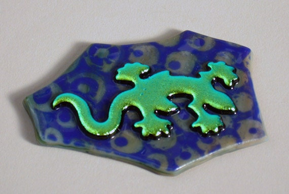 Dichroic Gecko Tile