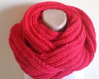 Knit Scarf, Infinity Scarf, Loop Scarf, Red Circle Scarf, Warm Scarf, Winter Cowl, Long scarf. Women gifts, Neckwarmer