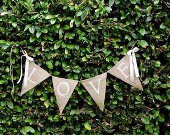 Love burlap banner - wedding banner - photography prop