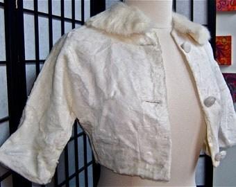 1950s vintage pinup bombshell bolero fur collar jacket in winter white- medium/small