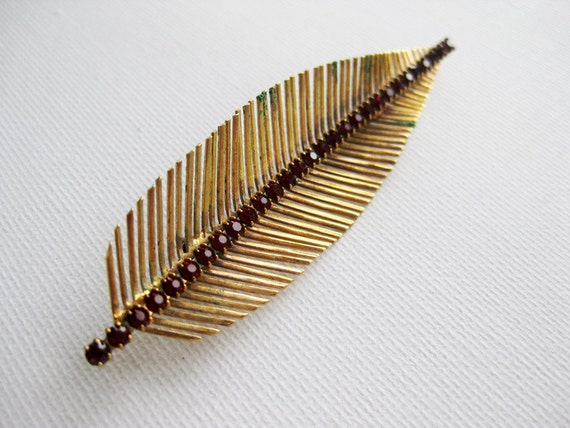 Vintage Gold Tone Feather Leaf Brooch with Red Stones 1950s