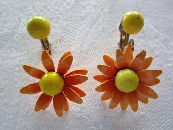 60s Enamel Flower Earrings