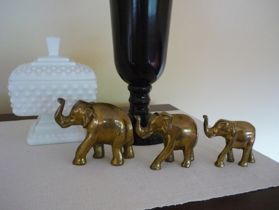 Vintage Brass Elephants, Set of 3, Wildlife Home Decor, Shelf Display, Small Sculpture, Desk Accessory