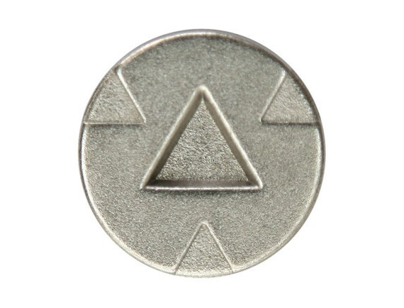 3 Triad 7/8 inch ( 22 mm ) Metal Buttons