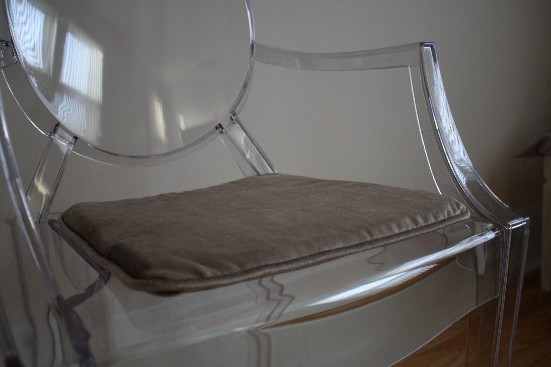 Custom Seat Cushion by Ilovethriftydesign on Etsy