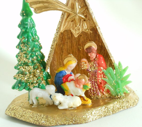 Vintage Religious Nativity Christmas Ornament: Vintage Glitter Nativity Scene Ornament