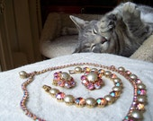 Vintage Weiss Rhinestone Jewelry Set in Iridescent Pink and Faux Pearl