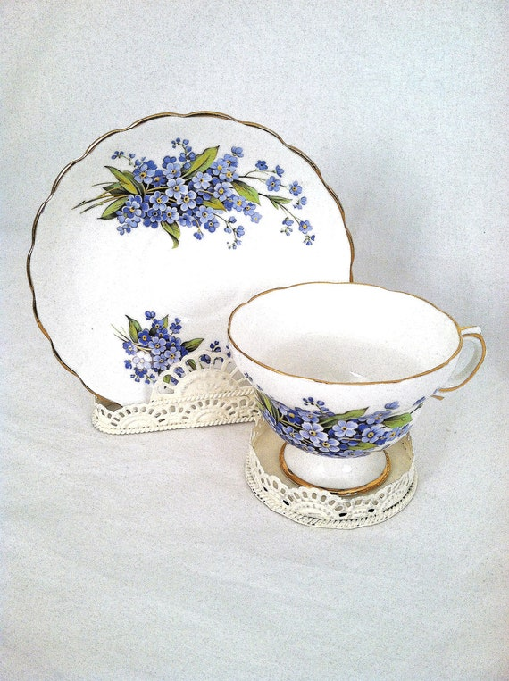 Tea Cup And Saucer Stand Holder Display Cottage Style
