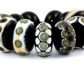 Lampwork Glass Beads by Beadscrumptious. Lampwork Beads. Dotty.