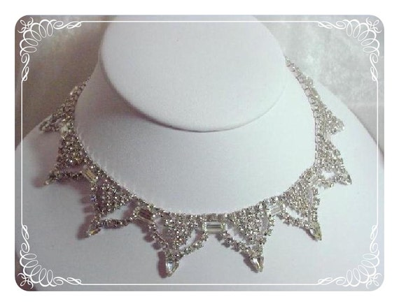 Clear Rhinestone Necklace Serious Vintage GLAM - 1956ag-012312000