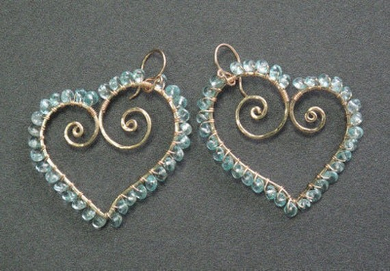 Hammered heart earrings with apatite Luxe Bijoux 124