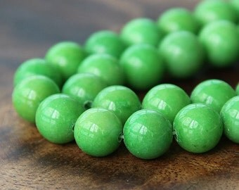 Mountain Jade Beads, Apple Green, 10mm Round - 15 Inch Strand - eMJR-G17-10