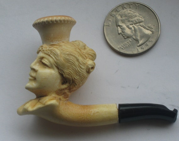 Beautiful Vintage 1890s Highly Carved Miniature Meerschaum Cheroot Pipe with Original Case