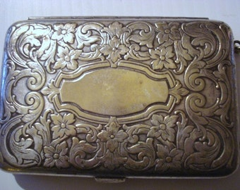 Elegant SILVER - Ornate Style  -  Unique Design - Compartment for Sovereigns - Cards = Signed
