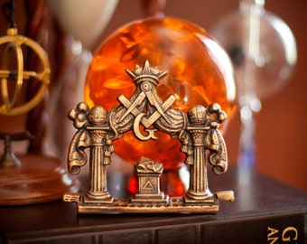 Masonic Pillars Altar and Emblem Plaque
